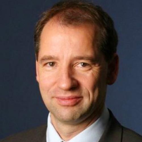 Prof.* Dr. nauk* Dr. med. Enrico Edinger